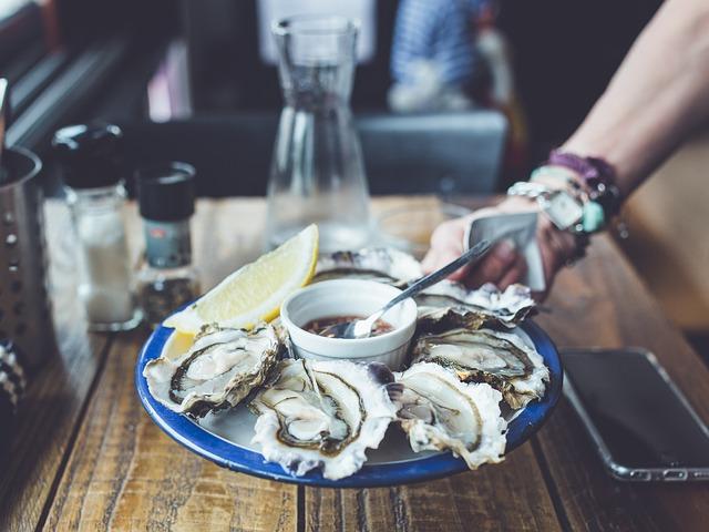 生牡蠣の料理
