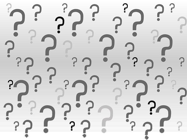 白黒の沢山の疑問符