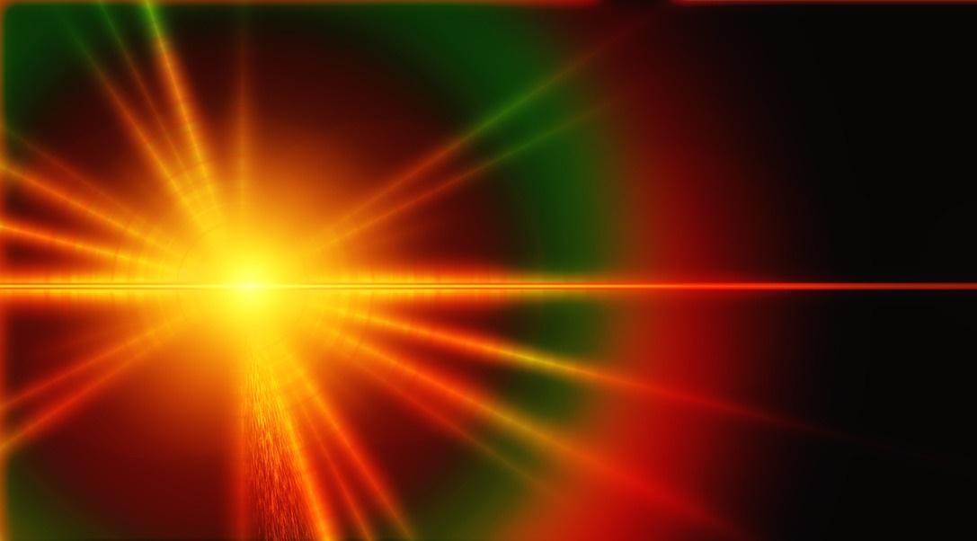 赤と緑色の広がった光