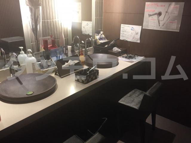 メンズtbcの化粧室