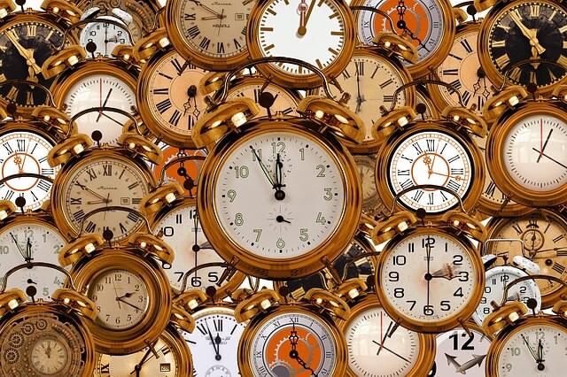 沢山の丸い時計