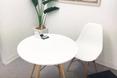 キレイモ(KIREIMO)五反田店の椅子と机
