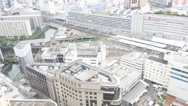 横浜駅を上から見た様子